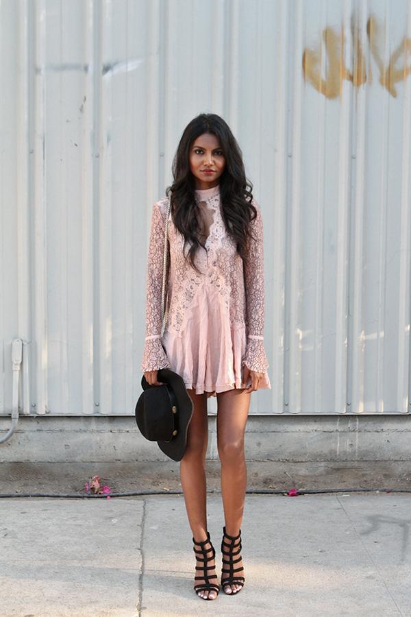 11821aaf0a0 freepeople-blog. freepeople-losangeles. freepeople-blogger-ca. freepeople-topblog.  Outfit Details  Secret Origins Lace Tunic ...